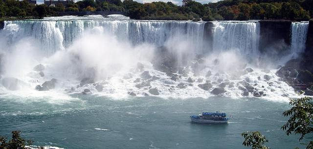 courtesy of www.niagarafallslive.com